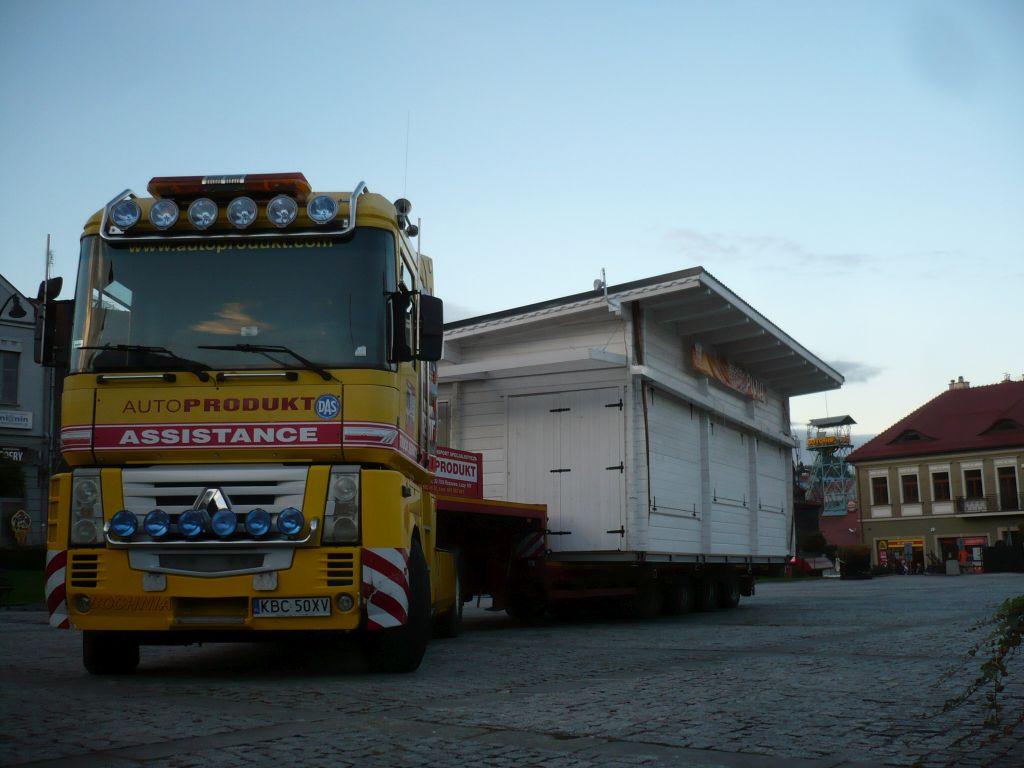 Autoprodukt transport specjalistyczny dźwig (3)