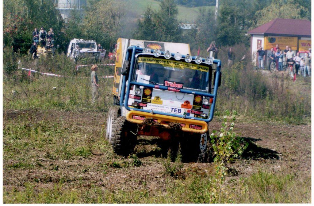Autoprodukt Praga 6x6 (11)
