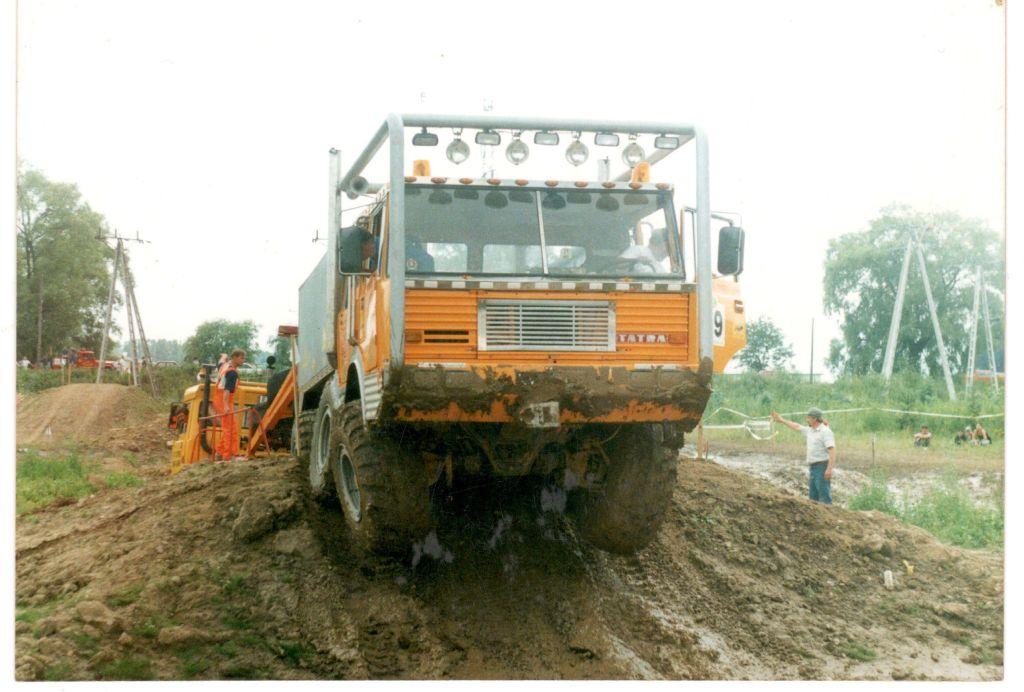 Autoprodukt Tatra 813 6x6 (5)