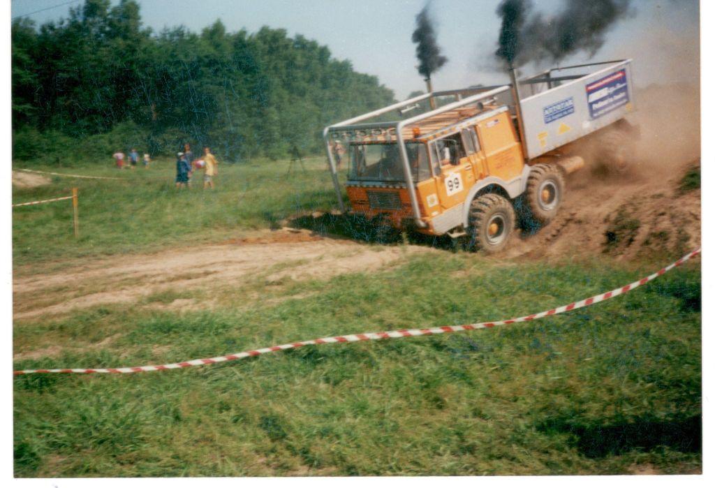 Autoprodukt Tatra 813 6x6 (8)